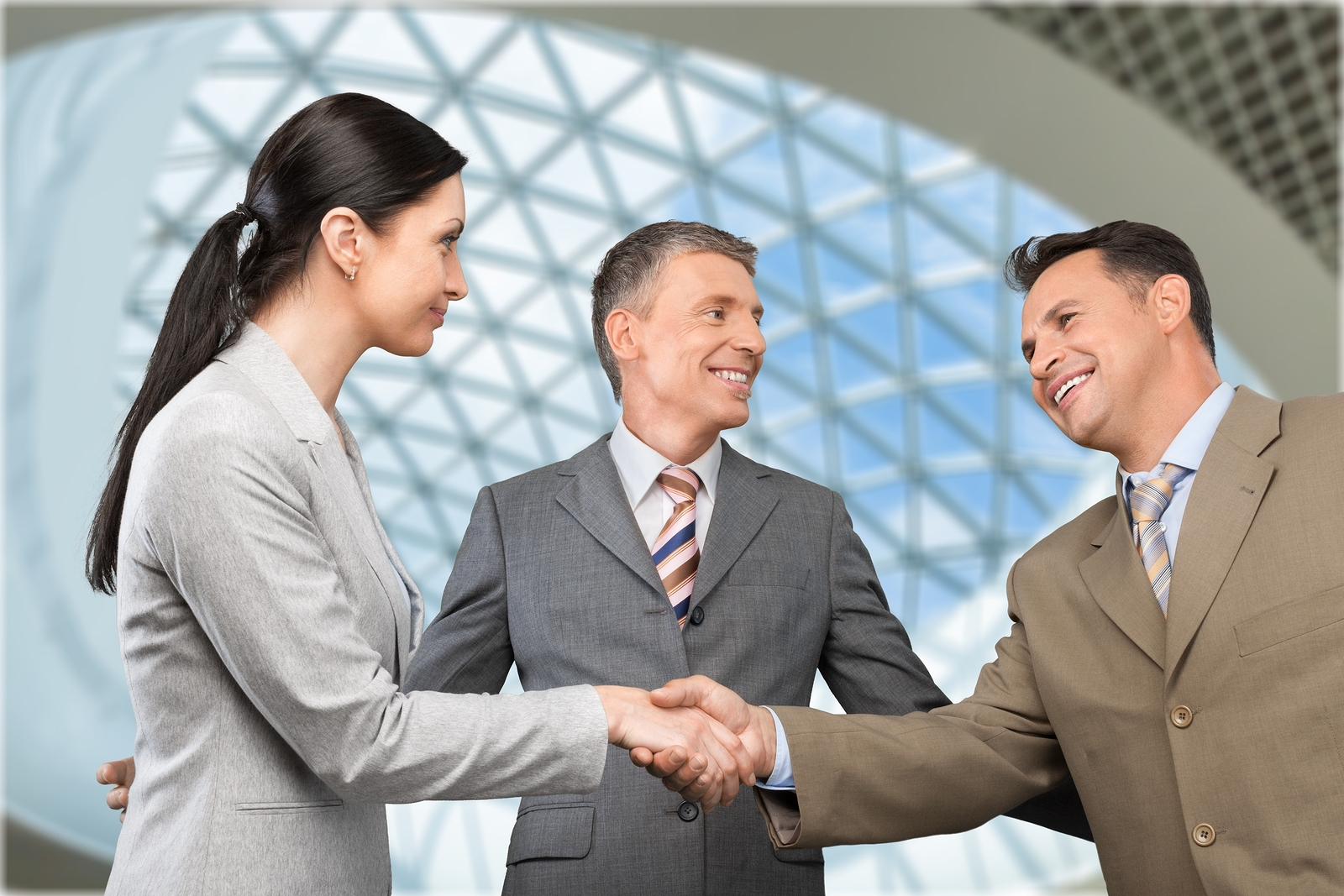 he importance of manners and etiquette in corporate environment